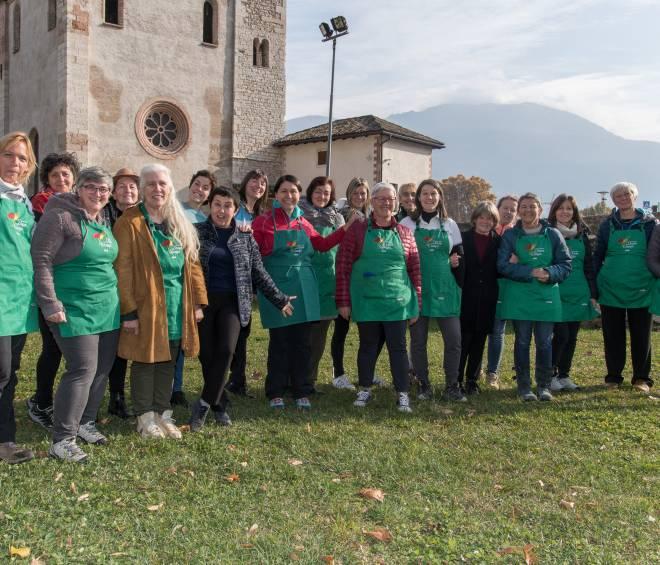 Donne in Campo a San Martino a Piedicastello….aspettando il mercatino di Natale di Trento